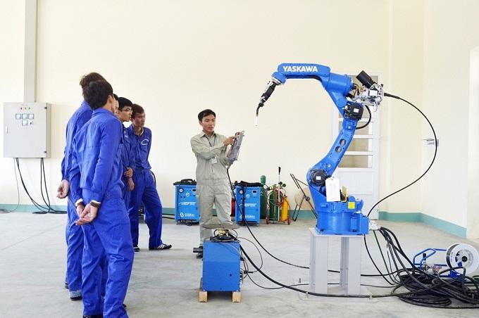 Ngành cơ khí sửa chữa ngành nghề phổ biến học tại Hàn