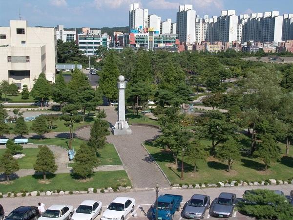 Trường đại học quốc gia Kunsan  thu hút nhiều sinh viên Việt Nam theo học