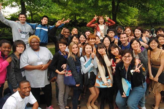 Trường đại học quốc gia Kyungpook thu hút rất nhiều sinh viên quốc tế theo học