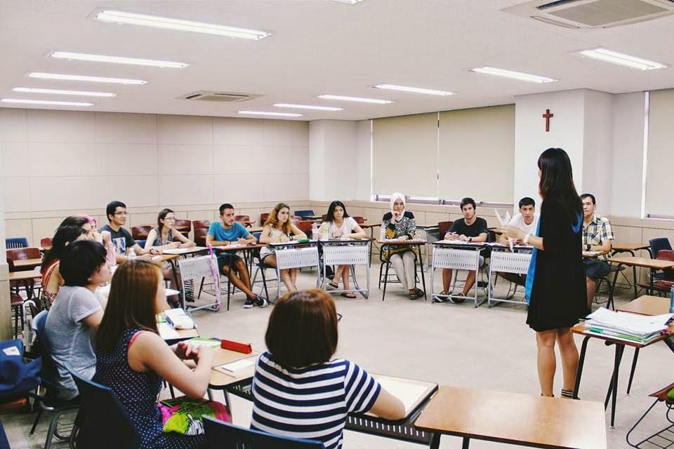 1 buổi học tại trường đại học Myongji