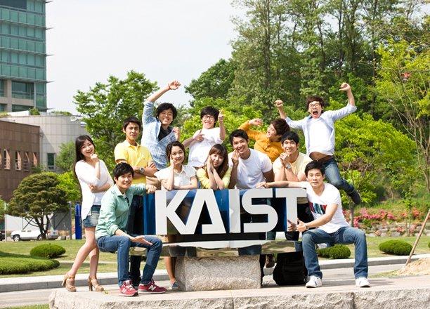 Đại học KAIST ngôi trường đang có nhiều sinh viên quốc tế theo học ngành kĩ thuật
